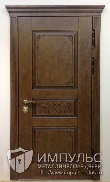 металлические двери для коттеджа массив дуба