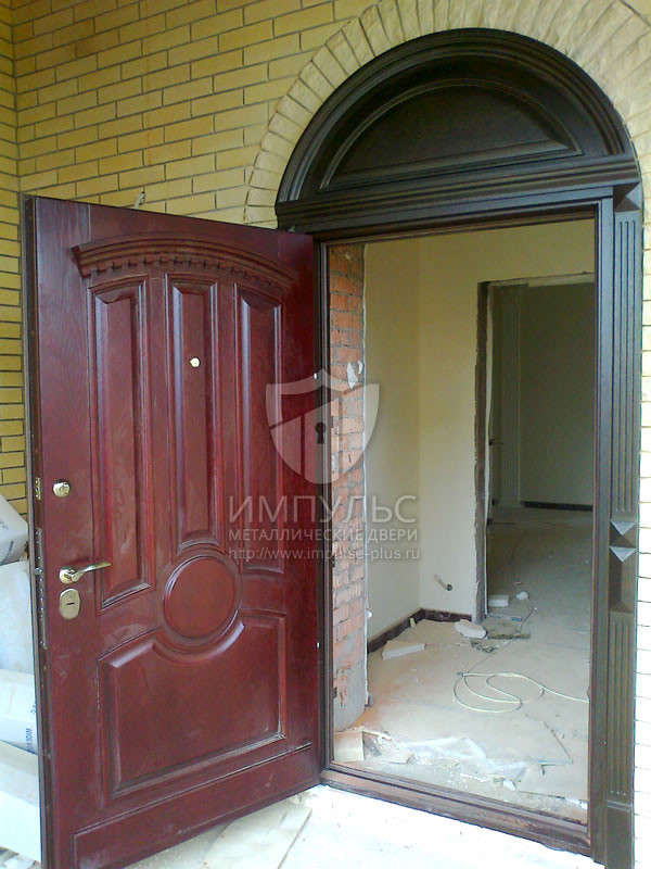 входные теплые двери в коттедж купить в москве